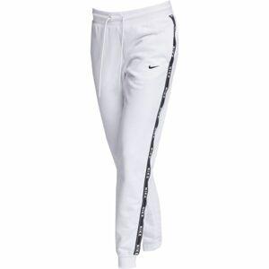 Nike SPORTSWEAR PANT LOGO TAPE bílá L - Dámské tepláky